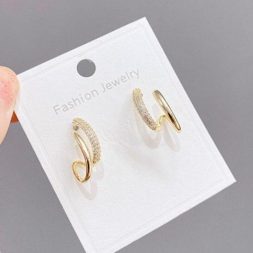 Korean Sterling Silver Needle Micro Zircon-Encrusted Stud Earrings Female Minority Design Earrings Internet Celebrity