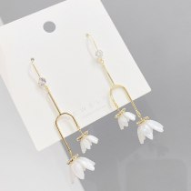 European and American Fashion Long Style Petals Earrings Female Design Earrings Personalized and Exaggerated Earrings