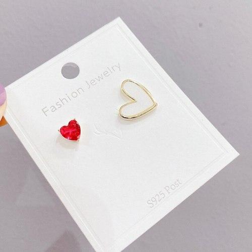 Asymmetric Shell Peach Heart Stud Earring Petite Earrings Simple Graceful Internet Celebrity Sterling Silver Needle Earrings