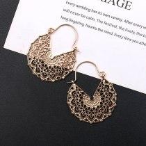 European and American Fashion Geometry Pattern Hollow Alloy Earring Temperament Golden Versatile Earrings Jewelry