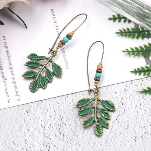 Popular Big Ornament Ear Hook Leaf Pendant Earrings Female Creative European and American Style Fashion Earrings