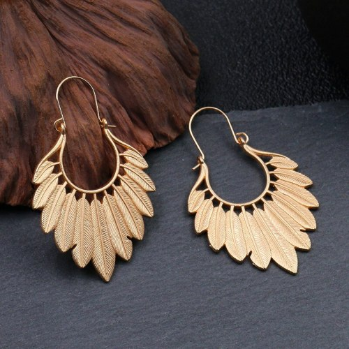 Cross-Border Hot Sale European Fashion Leaf Earrings Vintage Geometric Gold Earrings Exaggerated Earrings