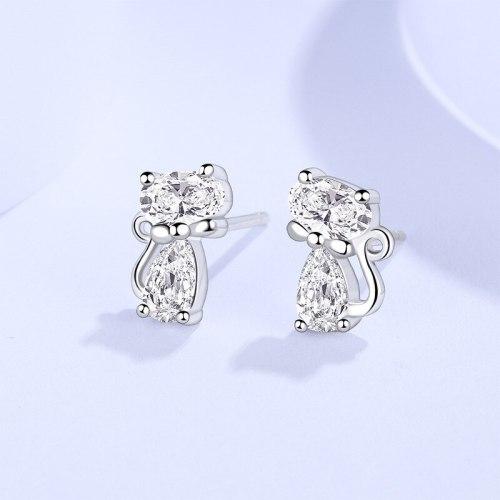 New Zircon Stud Earrings Sterling Silver S925 Girls Simple Korean Style Temperament Cute Cartoon Cat Earrings E582E