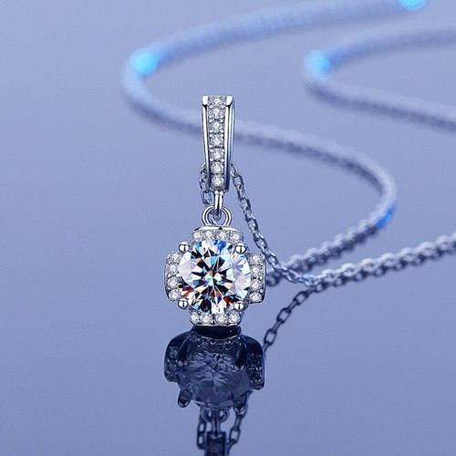 Inlaid 1 Karat Moissanite Necklace Pendant S925 Sterling Silver Simple Elegant Women's Necklace