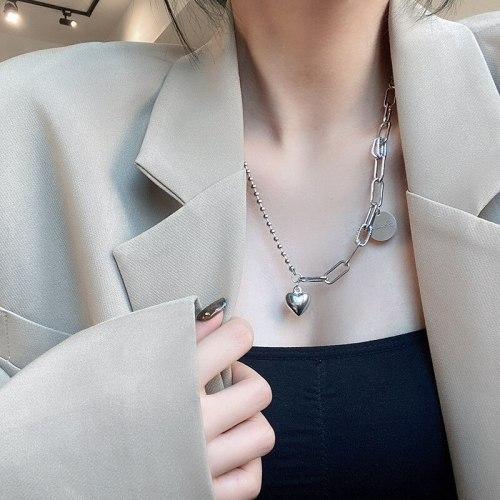 Korean round Pendant Necklace Titanium Steel Personality Temperament Hip Hop Style Niche Design Sense Clavicle Chain