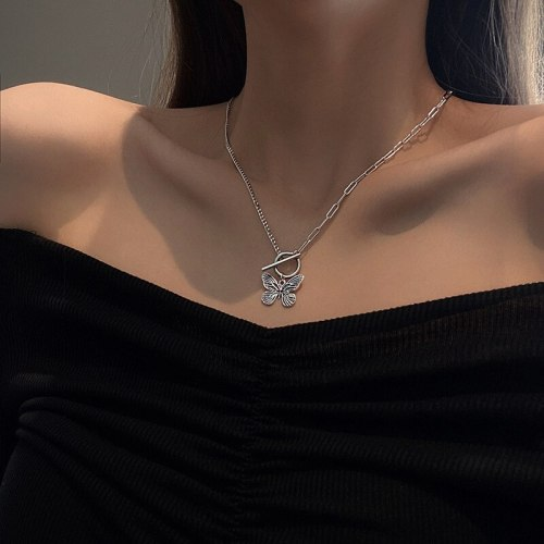 European and American Retro Butterfly Necklace Clavicle Chain Pendant Ins Simple Temperament Titanium Steel Sweater Chain