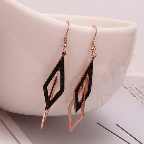 E123 Elegant 18K Titanium Steel Earrings Personalized Geometric Double Ring Diamond Inlaid Black Diamond Earrings Long Earrings