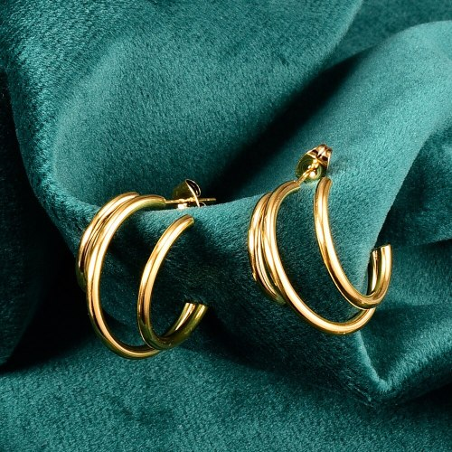 E29 European and American Crescent Exaggerated Moon Three-Dimensional Earrings Stud Earrings Titanium Steel 18K Gold Plating