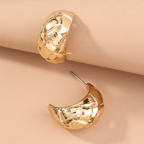 New Trendy Ear Hoop Jewelry Simple Cold Style C- Shaped Earrings Female Ins Graceful Personality Circle Ear Studs