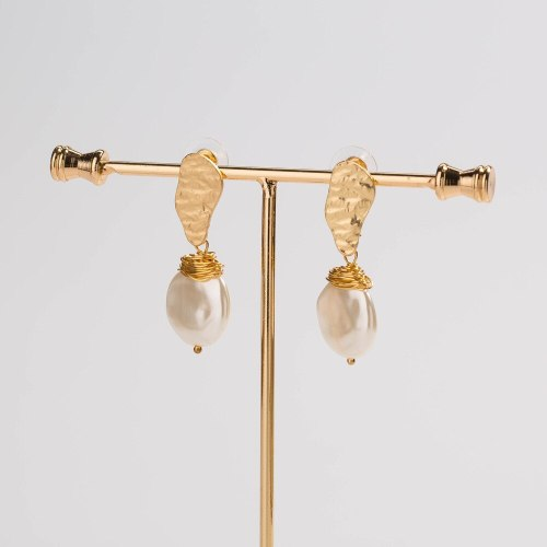 Fashion Temperament and Exaggerated Style Special-Shaped Pearl Imitation Earrings Women's Handmade Winding Accessories