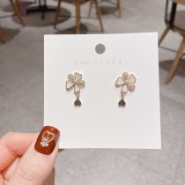 Sterling Silver Needle Japanese and Korean Style Net Red Jewelry Stud Earrings Simple and Compact Flower Zircon Earrings