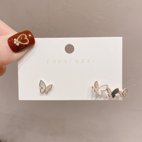 Japanese and Korean Ins Style Fresh Simple Earrings Unique Design Asymmetric Shell Butterfly Earrings Ear Studs Ear Clip