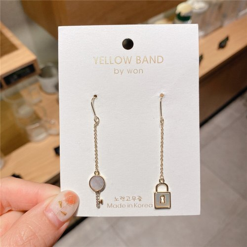 Korean Style 14K Gold-Plated Zircon Key Earrings Lady Simple Style Long Earrings Fashionable Design Earrings for Women