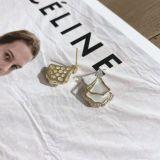 Korean-Style Geometric Shell Earrings Zircon Inlaid Simple Fashion Trending Ear Studs Earrings