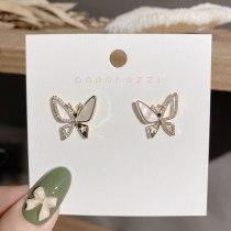 Japanese and Korean Lovely Fancy Beautiful Elegant Butterfly Earrings Shell Earrings Zircon Micro Inlaid Simple Earrings
