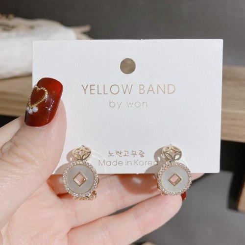 925 Silver Needle Korean Style Vintage Coins Stud Earrings Zircon Shell Earrings Personality High Sense C- Shaped Earrings