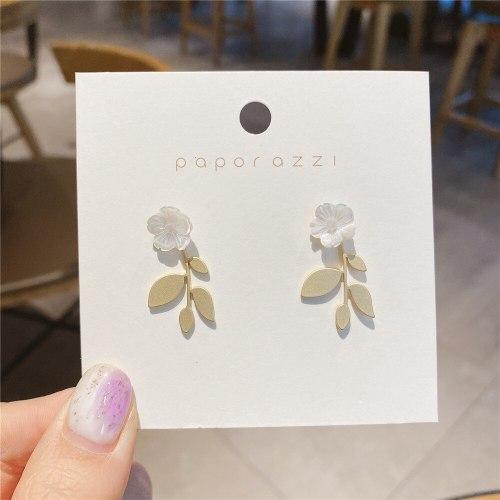 Fresh Flower Earrings Elegant Sterling Silver Needle Gold-Plated Matte Metal Sheet Ear Studs Earrings