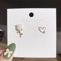 Retro Style Personality Asymmetric Love Three-Dimensional Rose Stud Earrings Sterling Silver Needle Earrings Female