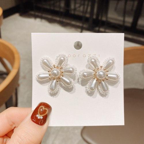 2021 Summer New Flower Earrings Silver Pearl Stud Earrings Exaggerated Cross-Border Earrings