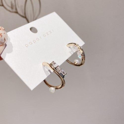 New Niche Simple Zircon Earrings Women's Sterling Silver Needle Gold-Plated All-Match Fashion Pearl Earrings Cross-Border