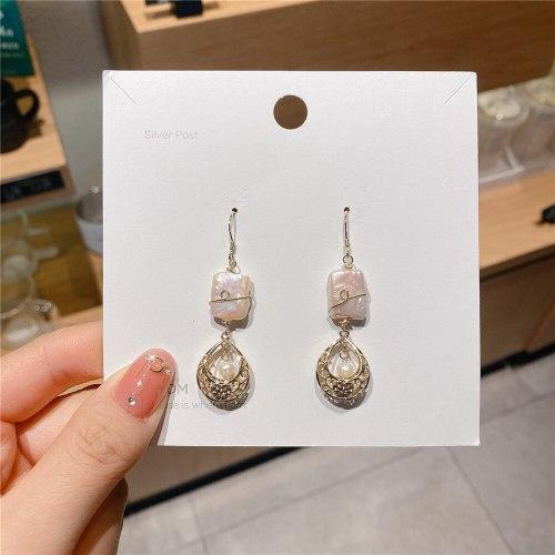 Vintage Court Style Series Baroque Fresh Water Pearl Earrings Korean Micro Inlaid Zircon Gold Plated Ear Hook Studs