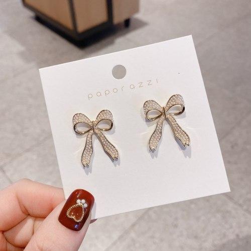 New Online Influencer Bow Pearl Cute Girlfriends Earrings Sterling Silver Needle Temperamental Fashionmonger Earrings for Women