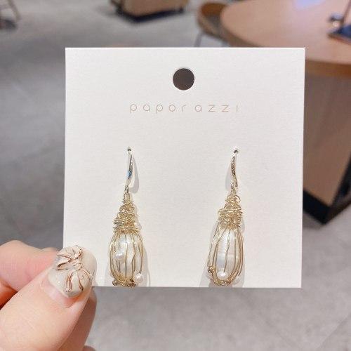 New Vintage Court Style Fresh Water Pearl Earrings Geometric Irregular Baroque Earrings Personalized Fashion Earrings