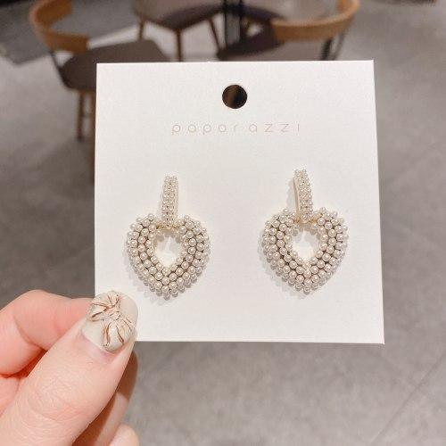 Korean Socialite Elegant Pearl Earrings Ins Style All-Match Love Heart Earrings Personality Hipster Fashion Earrings