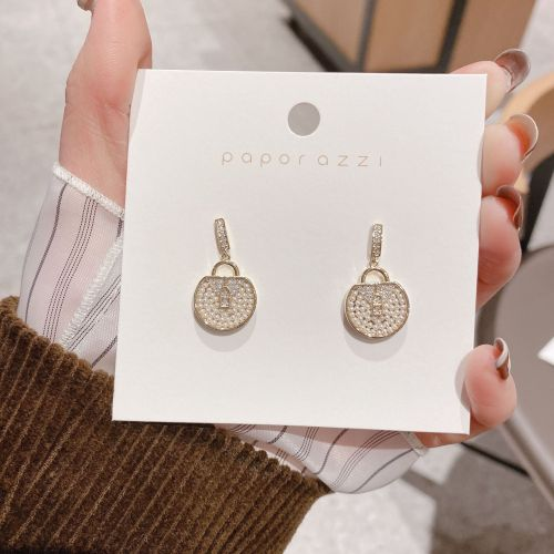 Korean New Earrings Creative Design Bag Earrings Retro Ins Simple Fashion Zircon Earrings