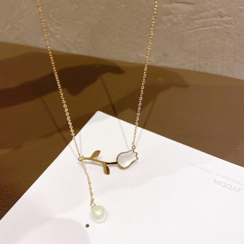Fashion Retro Titanium Steel Necklace Female Designer Model Rose Necklace Personalized Hong Kong Style Shell Clavicle Chain