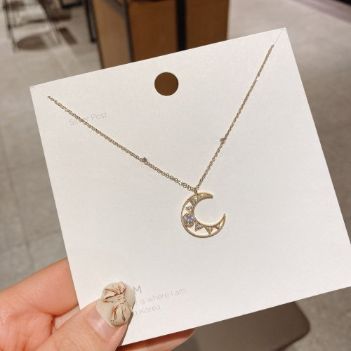New Fashion Moon Titanium Steel Zircon Clavicle Chain Graceful Online Influencer French Necklace for Women Wholesale