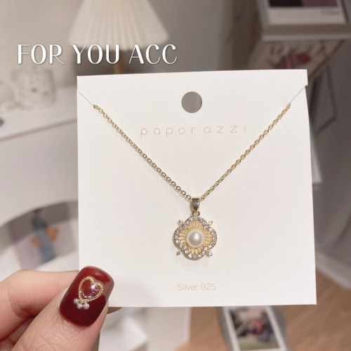 Women's Korean-Style Fashion Online Red Necklace Light Luxury Minority Design Clavicle Chain Brass Zircon Simple Flower Necklace