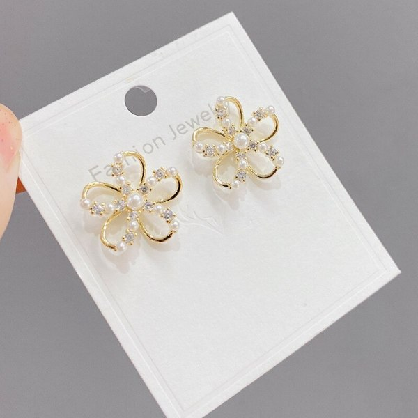 S925 Sterling Silver Needle Micro Inlaid Zircon Pearl Stud Earrings Natural SUNFLOWER Personality Fashion French Earrings