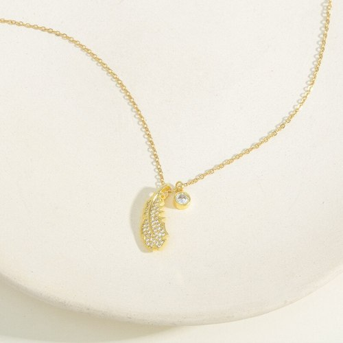 Cross-Border Hot Sale Micro Inlaid Zircon Leaf Necklace Female Personality Ornament