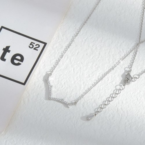 Korean Fashion Micro Inlaid Zircon Antlers Necklace for Women Niche Design Clavicle Chain Jewelry Wholesale