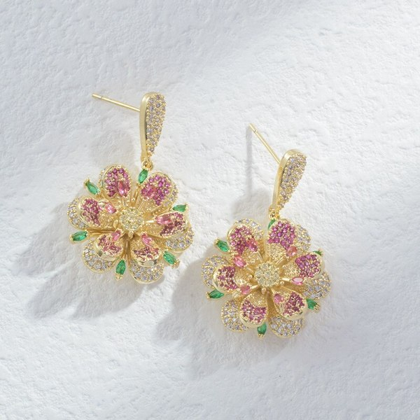 Luxurious Color Zircon Temperament Personality Earrings Three-Dimensional Petals Earrings Sterling Silver Needle Stud Earrings