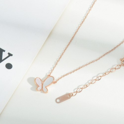 Korean Style Fashionable Natural Shell Butterfly Necklace Female Online Fashion Design Sense Clavicle Chain Fashion