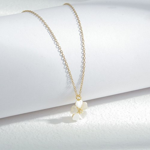 New Peach Heart Opal Petal Necklace Female Personalized Fashionable All-Match Clavicle Chain Ornament