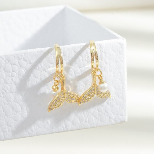 New Fishtail Pearl Earrings for Women Summer Temperament Entry Lux Internet Celebrity Sterling Silver Needle Ear Studs