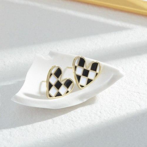 Sterling Silver Needle Oil Drop Peach Heart Stud Earrings For Women Niche Design Earrings 2021 New Ornament