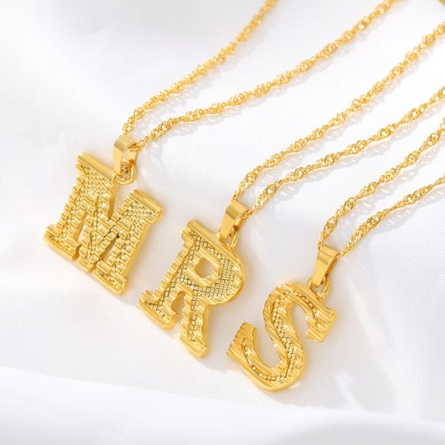 Hot Selling New 26 English Capital Letter Pendant Necklace Gold Plated 18K Environmental Protection Vacuum Plating Necklace