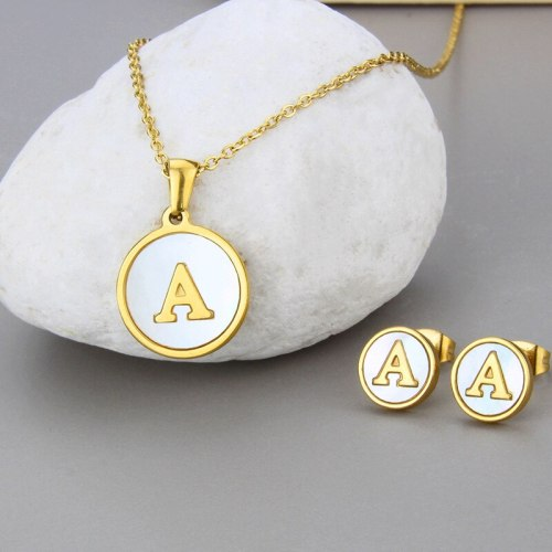 INS FashionCross Border Simple Necklace 26 English Letter Set Shell Gold Titanium Steel Ornament For Women