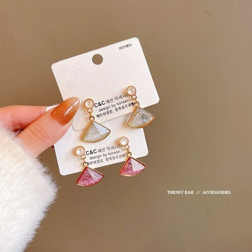 Wholesale Sterling Silver Pin Resin Triangle Earrings Women's Earrings Dropshipping Jewelry