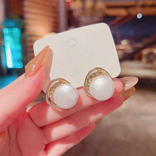 Wholesale Trendy Pearl Geometric Fashion Women's Sterling Silver Pin Earrings Dropshipping Jewelry