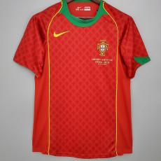 2004 Portugal Home Retro Soccer Jersey (带胸前小字)