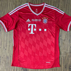 2013 Bayern Home Retro Soccer Jersey (胸前决赛字)