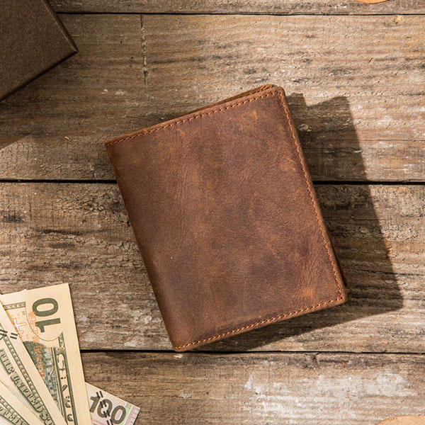 Retro Vertical Simple Distressed Leather Wallet
