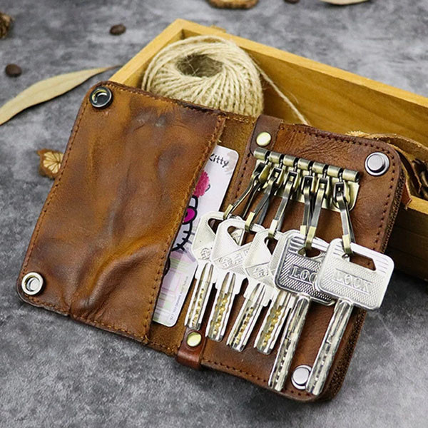 Men Retro Leather Tassel Keychain Distressed Wallet