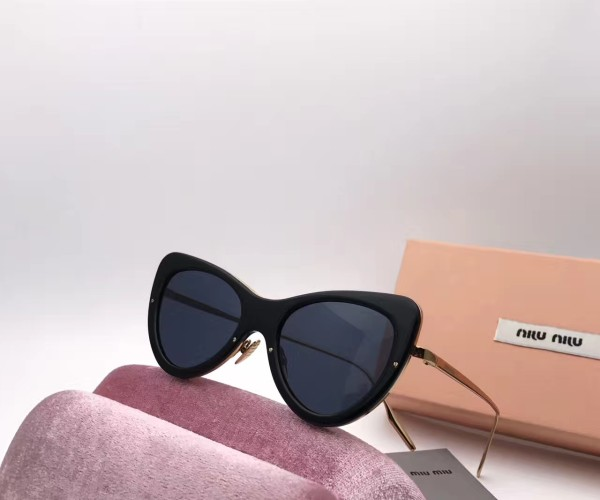 Buy quality Copy MIUMIU Sunglasses online SMI203