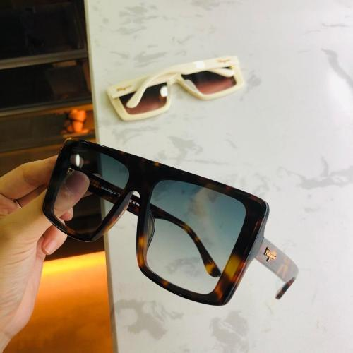 Wholesale Fake Ferragamo Sunglasses Online SFE013